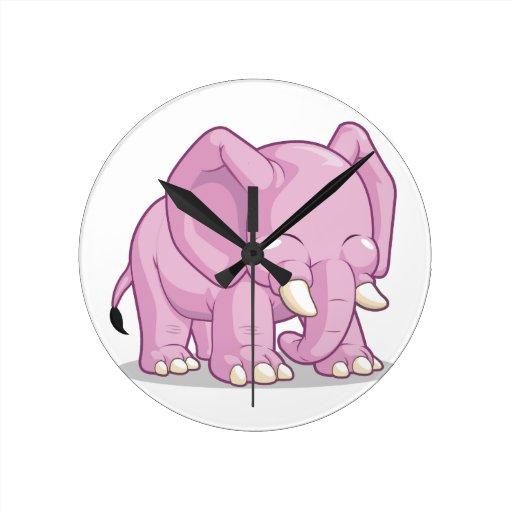 Elefante lindo reloj redondo mediano