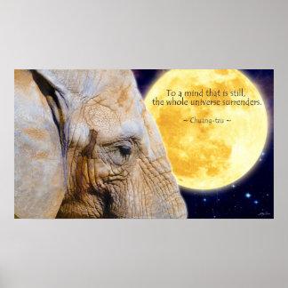Elefante, luna y poster de motivación de la cita d