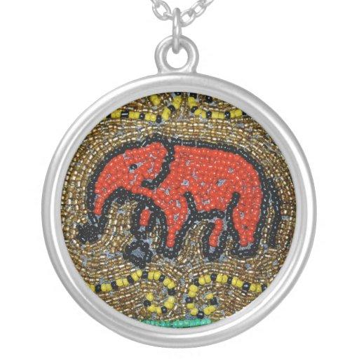 Elefante moldeado del Dayak Joyeria Personalizada