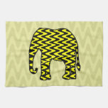 Elefante negro y amarillo del zigzag toallas de mano