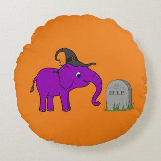 Elefante púrpura con la piedra del sepulcro del cojín redondo