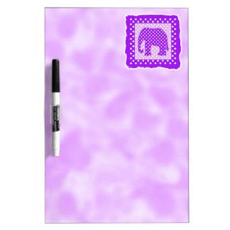 Elefante púrpura y blanco de los lunares tablero blanco