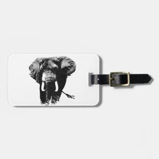 Elefante que camina etiquetas de equipaje