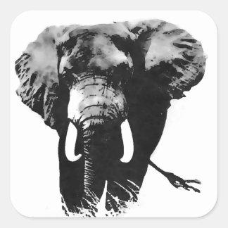 Elefante que camina pegatina cuadrada