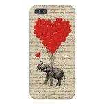 Elefante que sostiene los globos del corazón iPhone 5 cárcasa