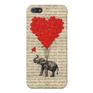 Elefante que sostiene los globos del corazón iPhone 5 funda