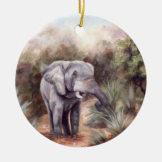Elefante que viene a través del ornamento adorno redondo de cerámica