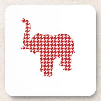 Elefante rojo de Houndstooth Posavasos De Bebidas