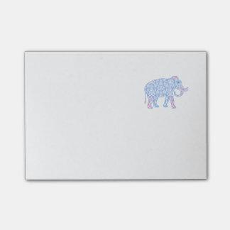 Elefante rosado y azul del damasco nota post-it