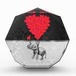 Elefante y corazón del amor