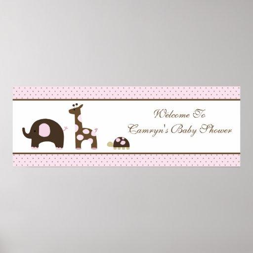 Elefante y jirafa en bandera rosada de la fiesta d póster