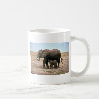 Elefantes africanos - pequeño oficio de enfermera  tazas
