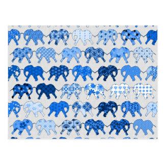 Elefantes azules del estampado de flores tarjeta postal