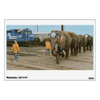 Elefantes de Conrail en las etiquetas de la pared Vinilo Decorativo