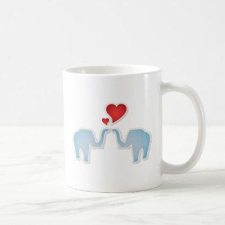 Elefantes en amor tazas