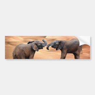 Elefantes en el desierto pegatina para auto