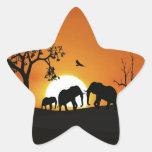Elefantes en la puesta del sol calcomania forma de estrella personalizada