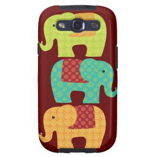 Elefantes étnicos con las flores en el rojo marrón samsung galaxy s3 cobertura