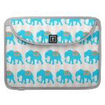 Elefantes lindos de las azules turquesas del trull funda para macbook pro