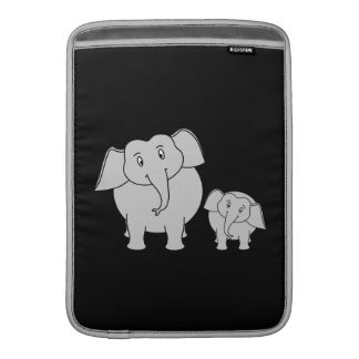 Elefantes lindos. Dibujo animado en negro Funda Macbook Air