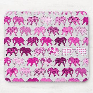 Elefantes rosados del estampado de flores alfombrilla de ratones