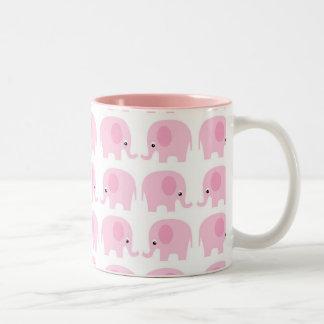 Elefantes rosados taza de dos tonos