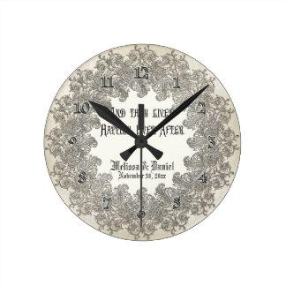 Elegancia 3 del lazo negro - damasco de plata del  reloj redondo mediano