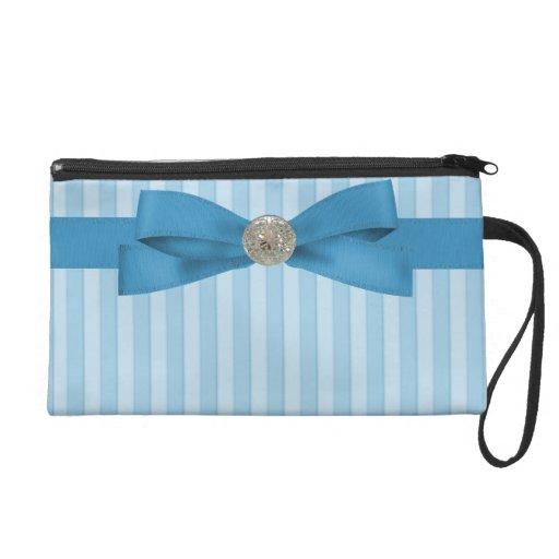 Elegancia de las rayas de azules cielos con el arc