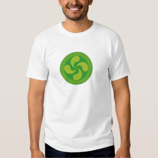 Elegant and stylish Basque cross: Lauburu, T-shirt