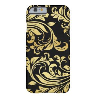 Elegant Black and Gold Damask floral pattern iPhone 6 Case