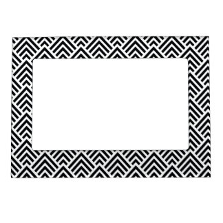 Elegant Black and White Chevron Geometric Pattern Magnetic Frame