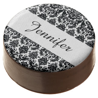 Elegant Black White Vintage Damask Pattern Chocolate Covered Oreo
