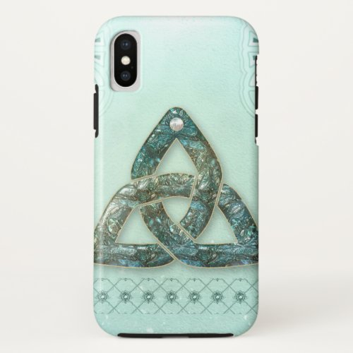 Elegant celtic knot