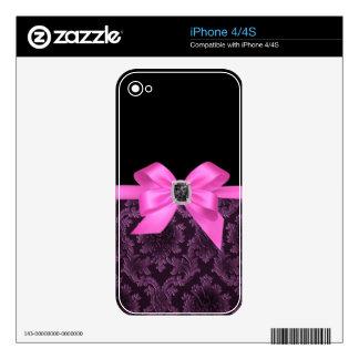 Elegant damask iPhone 4/4S skin