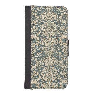 Elegant Damask iPhone 5/5s Wallet Case