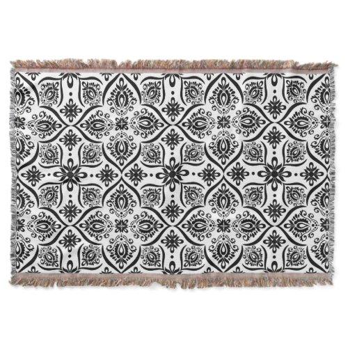 Elegant Damask Pattern | Black And White Throw Blanket