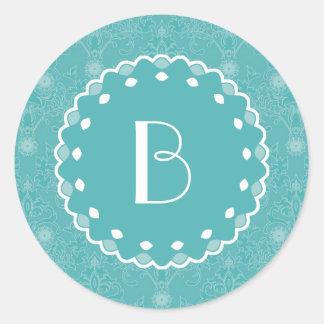 Elegant Damask Pattern with Monogram Classic Round Sticker