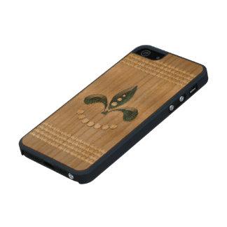 Elegant, decorative diamonds carved® cherry iPhone 5 case