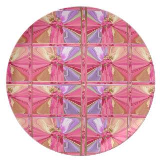 Elegant Diamond Pattern Rose Pink Smile Happy Show Party Plates
