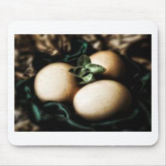 Elegant Easter eggs Mouse Pad