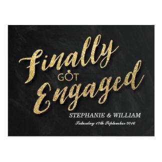 ELEGANT FINALLY GOT ENGAGED INVITATION   GOLD POSTCARD