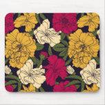Elegant floral pattern mouse pad