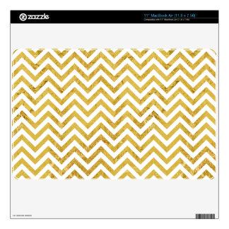 Elegant Gold Foil Zigzag Stripes Chevron Pattern MacBook Skin