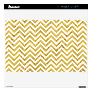 Elegant Gold Foil Zigzag Stripes Chevron Pattern Skin For The MacBook Air