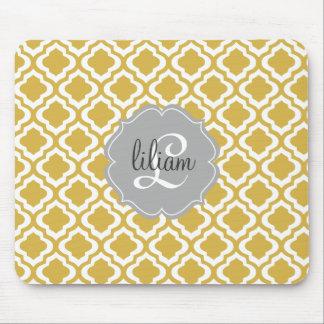 Elegant Gold Moroccan Quatrefoil Personalized Mousepad