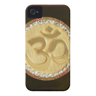 Elegant Golden OM MANTRA Chant Display Holy Symbol iPhone 4 Covers