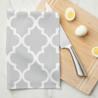 Elegant Gray Quatrefoil Tiles Pattern Towels