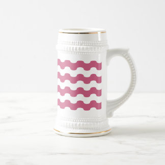 Elegant marine waves of pink geometry beer stein