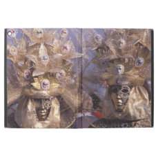 Elegant Masked Couple at the Carnevale di Venezia iPad Pro Case