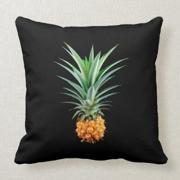Beach Themed elegant minimalist pineapple | black background throw pillow